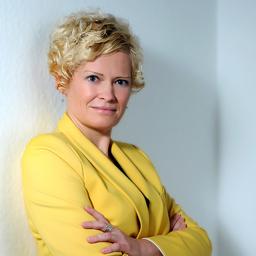 Angela M. Schmidt - Kuehne + Nagel Management AG - Schindellegi