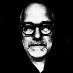 Frank Ehlert - HEAD-LINE.com AG - Leadership. Provided and protected. - Potsdam