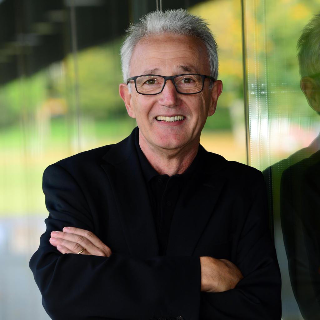 Dr. E. Rüdiger Weng's profile picture