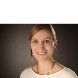 Dr. Eva Laass