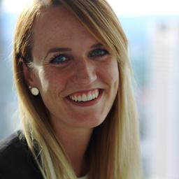 Julia Peter - Commerzbank AG - Frankfurt am Main