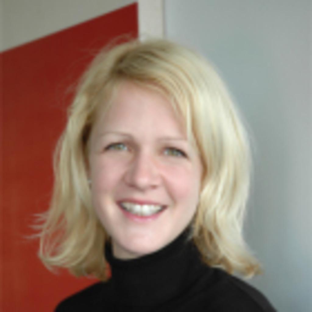 Ronja Gußmann - Financial Planner & Analyst - Dentsply