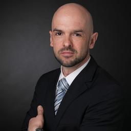 Roberto Hellmich - Adivera AG - Zürich