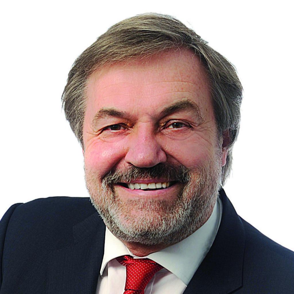 Peter Strahlendorf - Verleger / Herausgeber - New Business Verlag ...