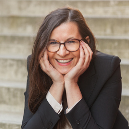 Claudia Schuh