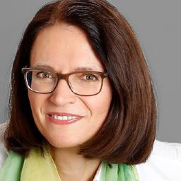Mag. Christine Priesner MBA