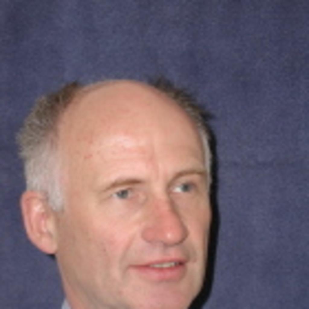 Dr bernhard spiegel principal of bmspiegel consulting for Spiegel xing