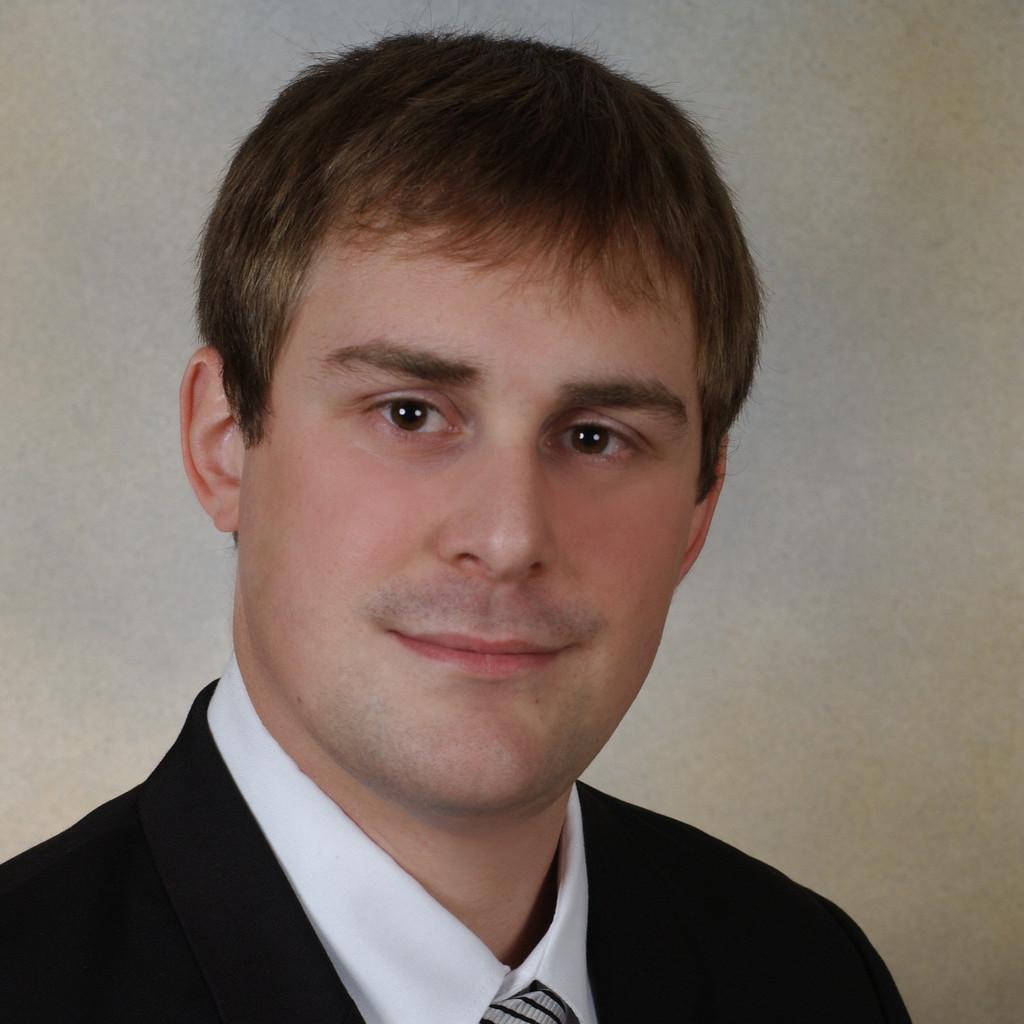 Steffen strott junior consultant lan consult hamburg for Junior consultant