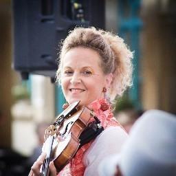 Petra Manon Hirzel - Jazzband Manon & Co - Leutenbach