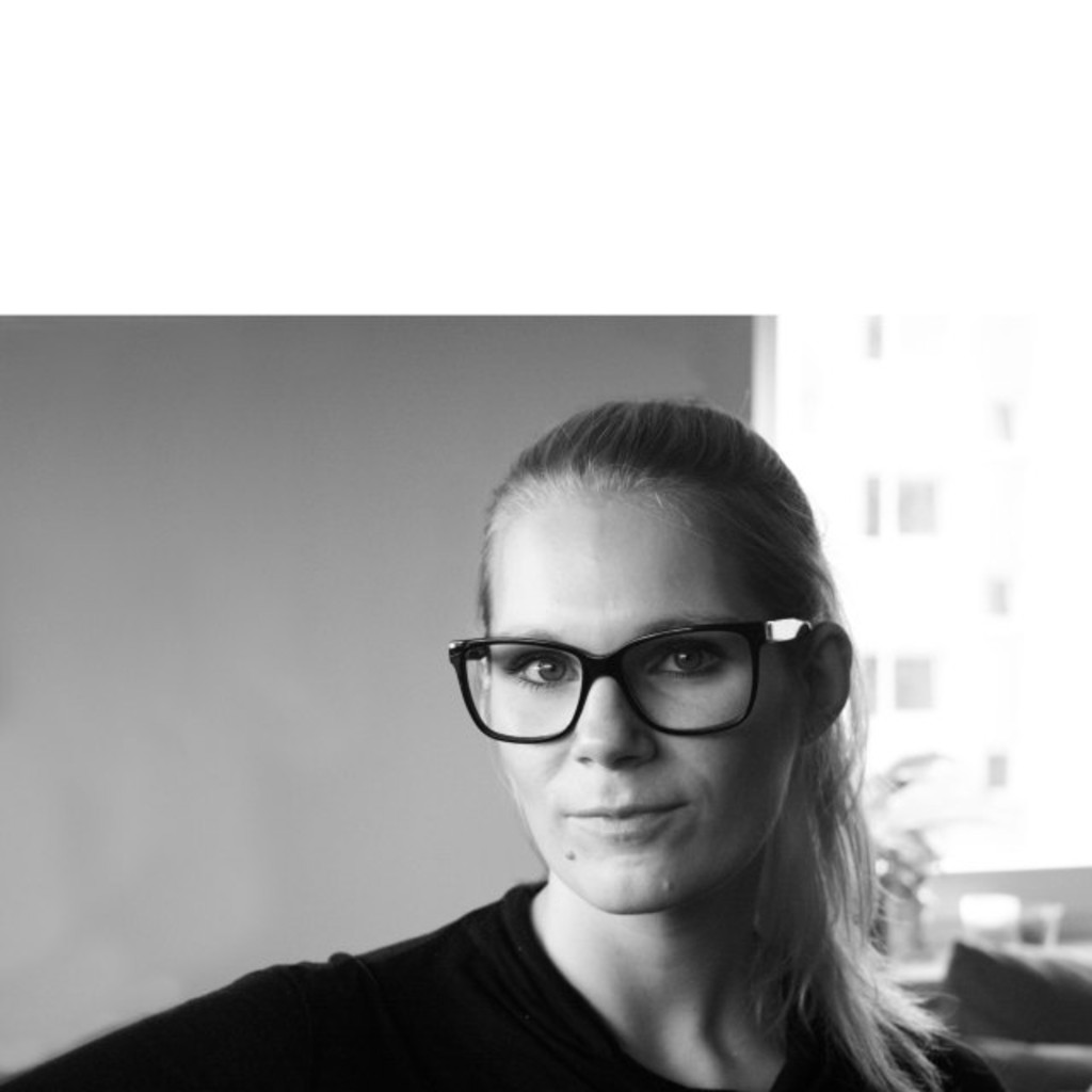 corinna kannengie er senior manager hr leasing sixt. Black Bedroom Furniture Sets. Home Design Ideas