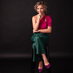 Julia Decker's profile picture
