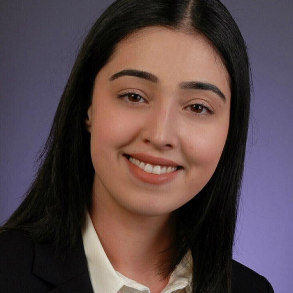 Hale Bakni's profile picture
