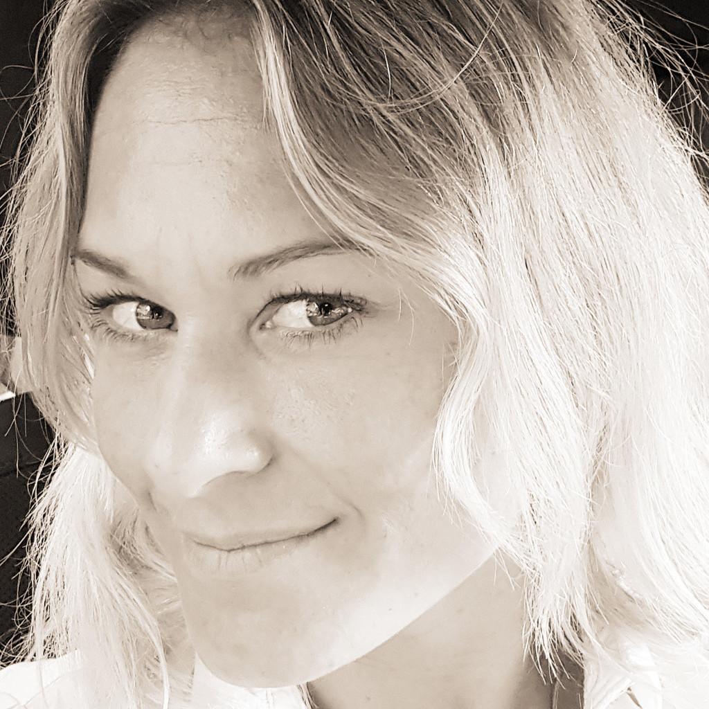 Annette ebert designerin studiobeier gmbh xing for Integriertes produktdesign