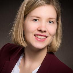 Lisa Elfering - Civey - Berlin