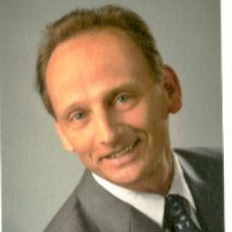 Roland Bohn - Bohn-TBK, Technologieberatung für Kunststoffverpackungen - Burgoberbach