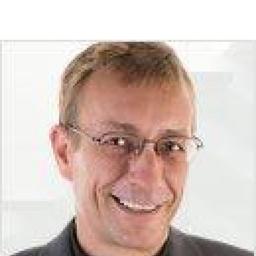 Dr. Christoph Kienel