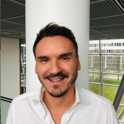 Michael Weglarz - Allianz Managed Operations & Services SE - Zürich