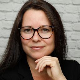 Nadine preis grafik designer selbsts ndig xing for Grafik design ausbildung frankfurt