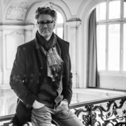 Martin Häusler - freier Journalist, selbstständig mit dem Redaktionsbüro EXTRA TEXTURE - Hamburg