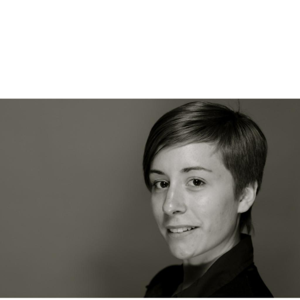 Karin hannesschl ger controller rauch fruchts fte gmbh for Internationale betriebswirtschaft nc