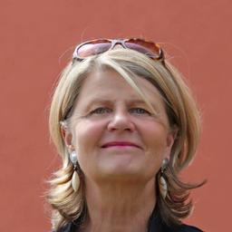 Dr. Mura Isa Kastendieck