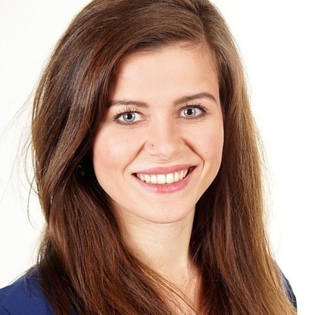 <b>Selina Moser</b> - Publizistik- und Kommunikationswissenschaft - Universität ... - selina-moser-foto.1024x1024