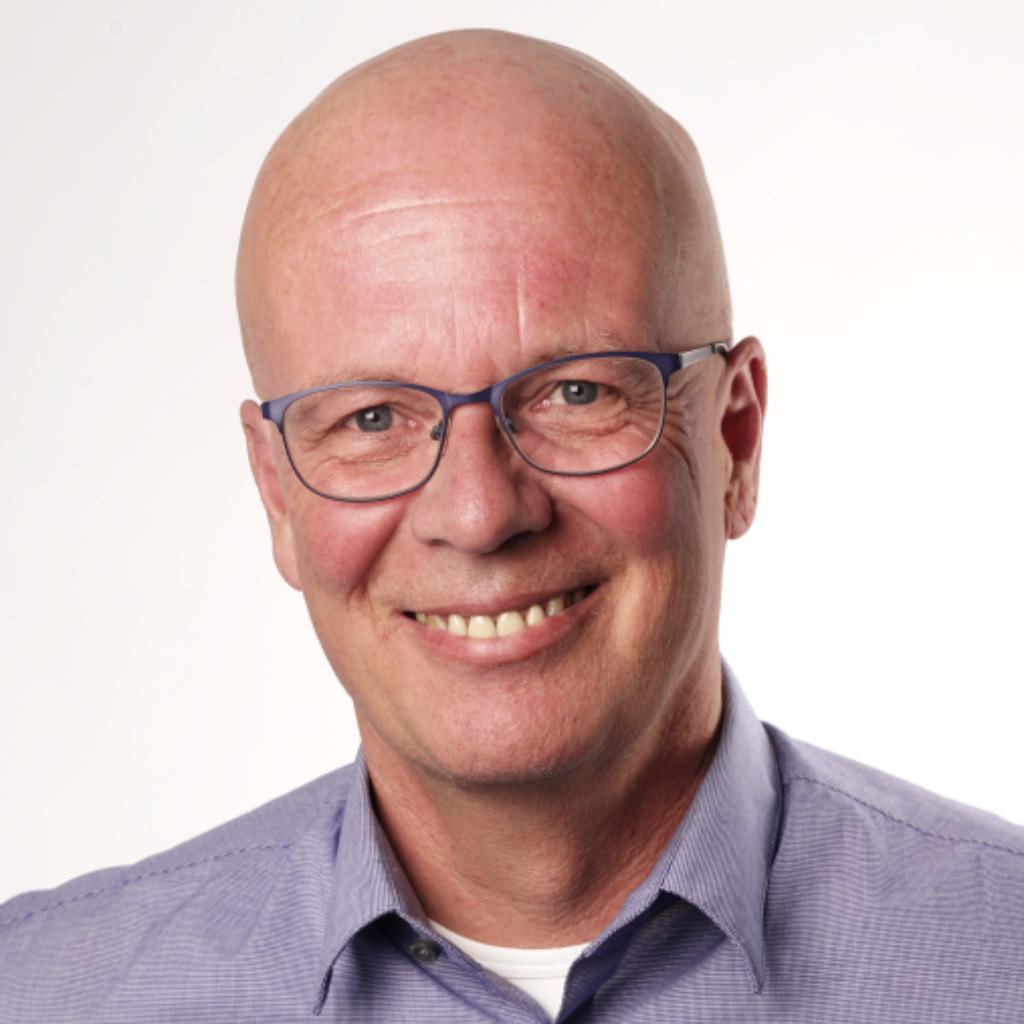 Thomas Henning Verkaufstrainergebietsleiterproduktberater