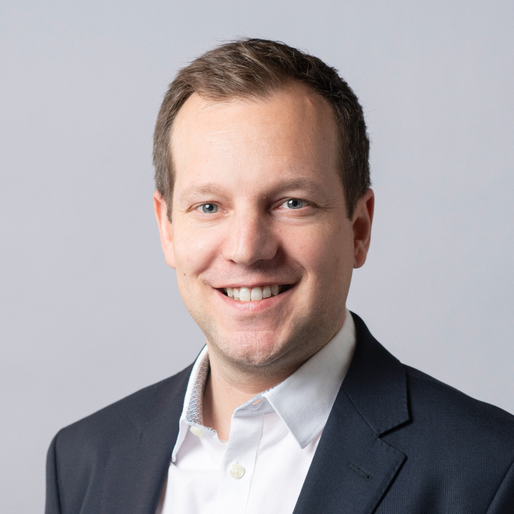 Michael wenger manager legal affairs and compliance for Juristischer mitarbeiter