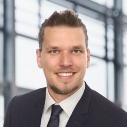 Sebastian Henze - EY (Ernst & Young) - Frankfurt am Main