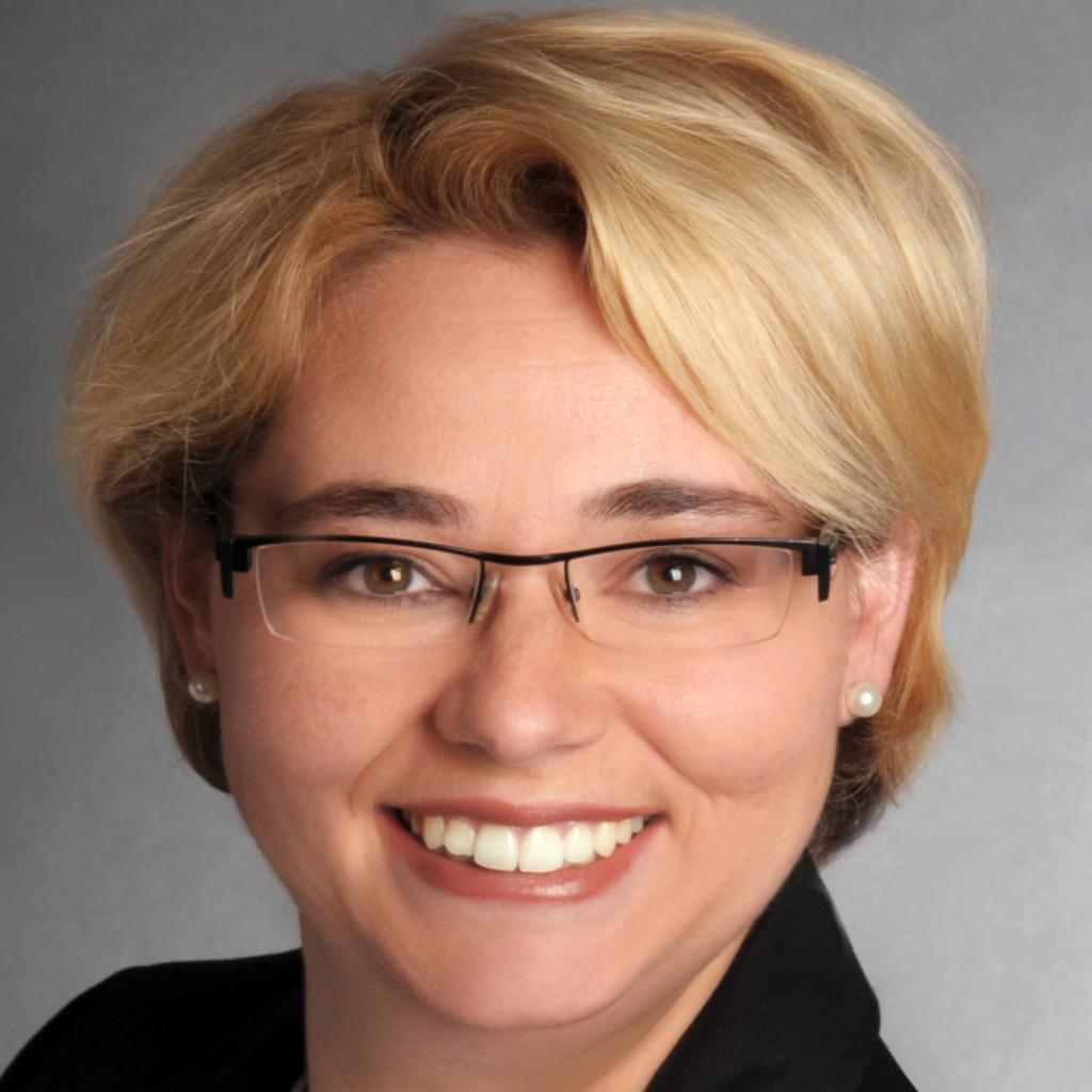 Julia jakobs assistenz der bauleitung architektur for Fem kenntnisse