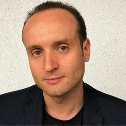 Ralf Hillebrand
