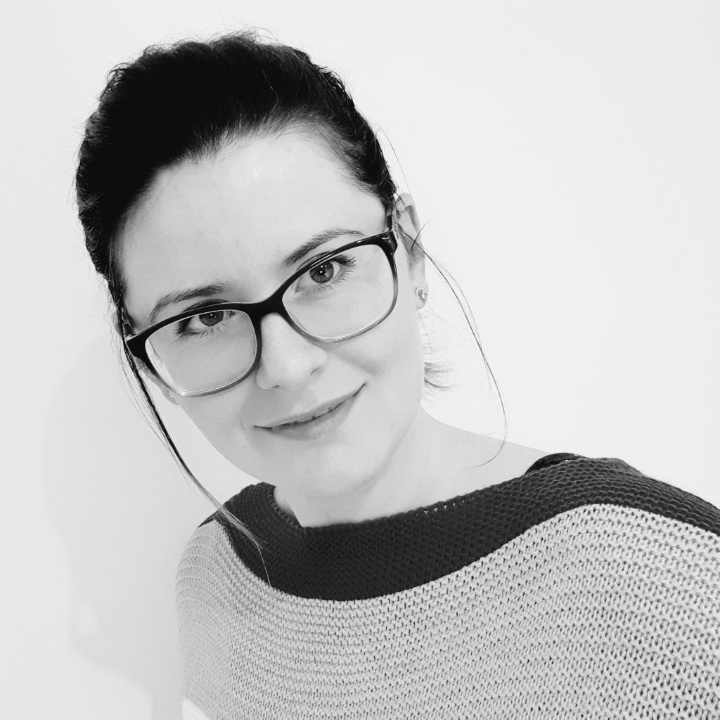 Katharina Hinkel Online Marketing Connox Gmbh Xing