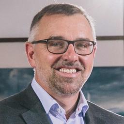 Dr. Albert Neumann