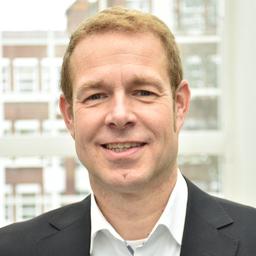 Dr. Hendrik Saeger - AXA Versicherung AG - Düsseldorf