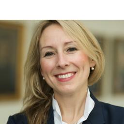 Sandra Freimuth - Hauck & Aufhäuser Privatbankiers AG - München