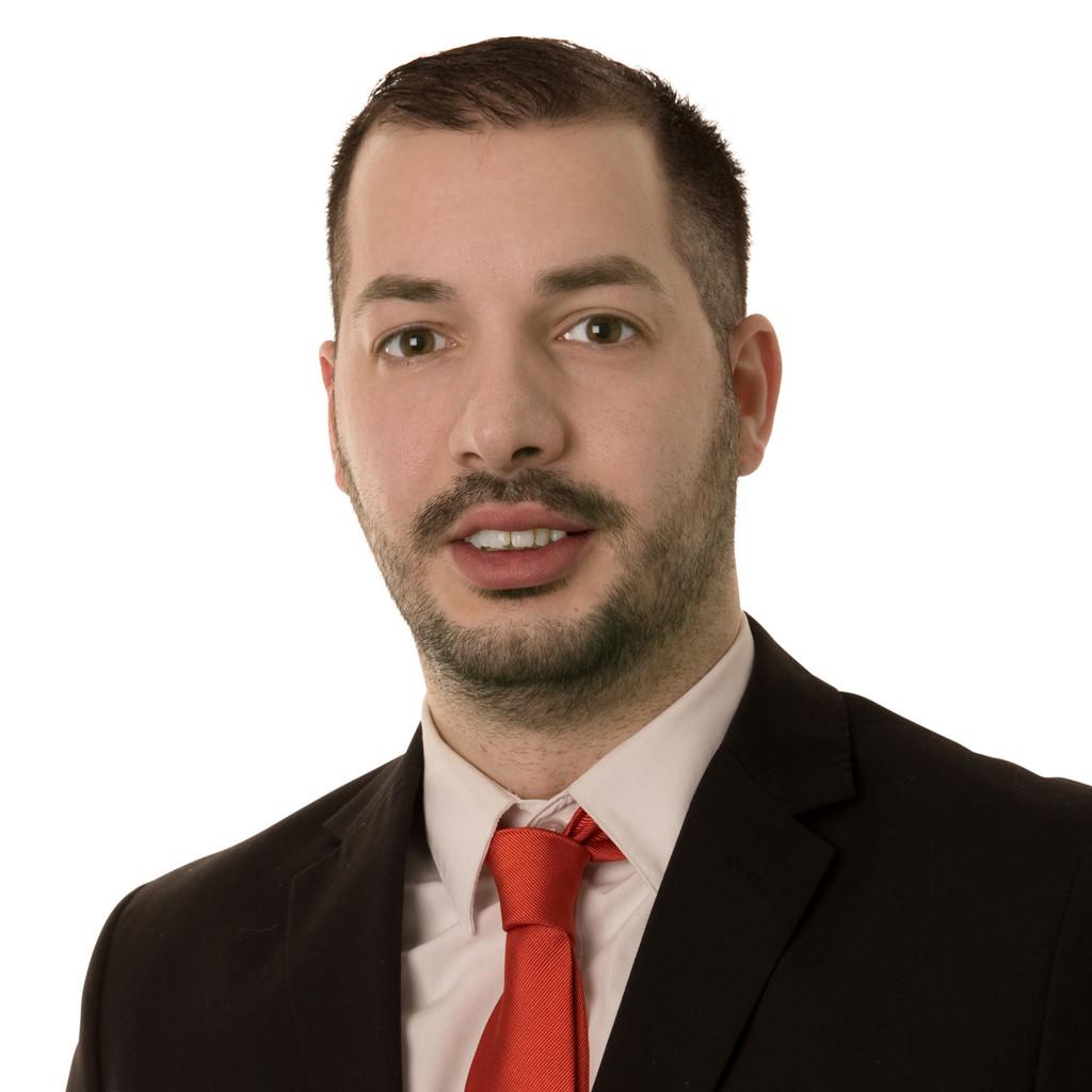 Ioannis moumouris verk ufer im au endienst adolf w rth for Holzkaufmann