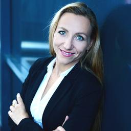 Janine Berlau - Deutsche Bank Privat- und Firmenkundenbank AG - Berlin