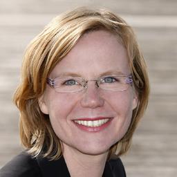 Dr. Carmen Schmidt