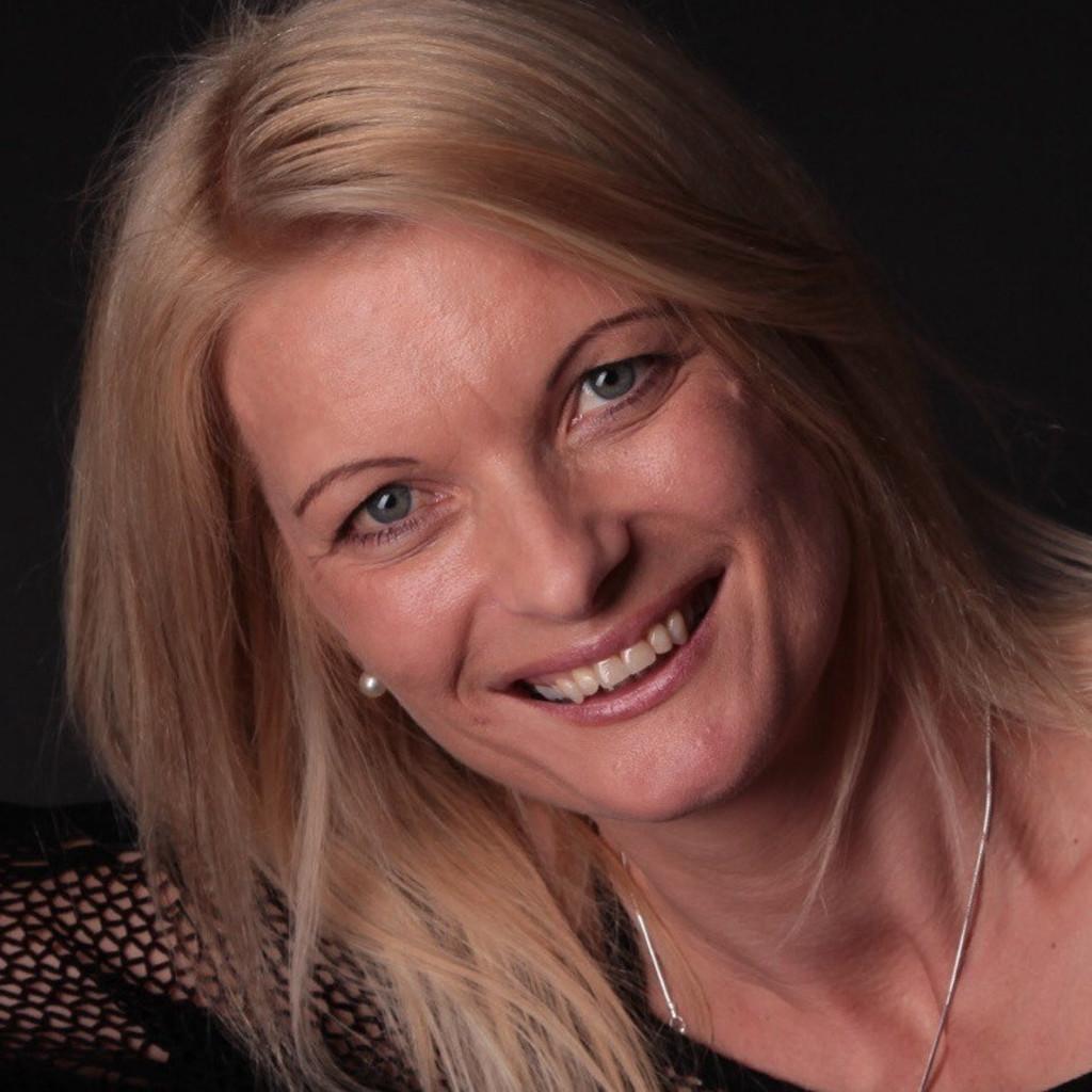 Barbara Fritz - Verkauf und Kundenbetreuung - Autohaus