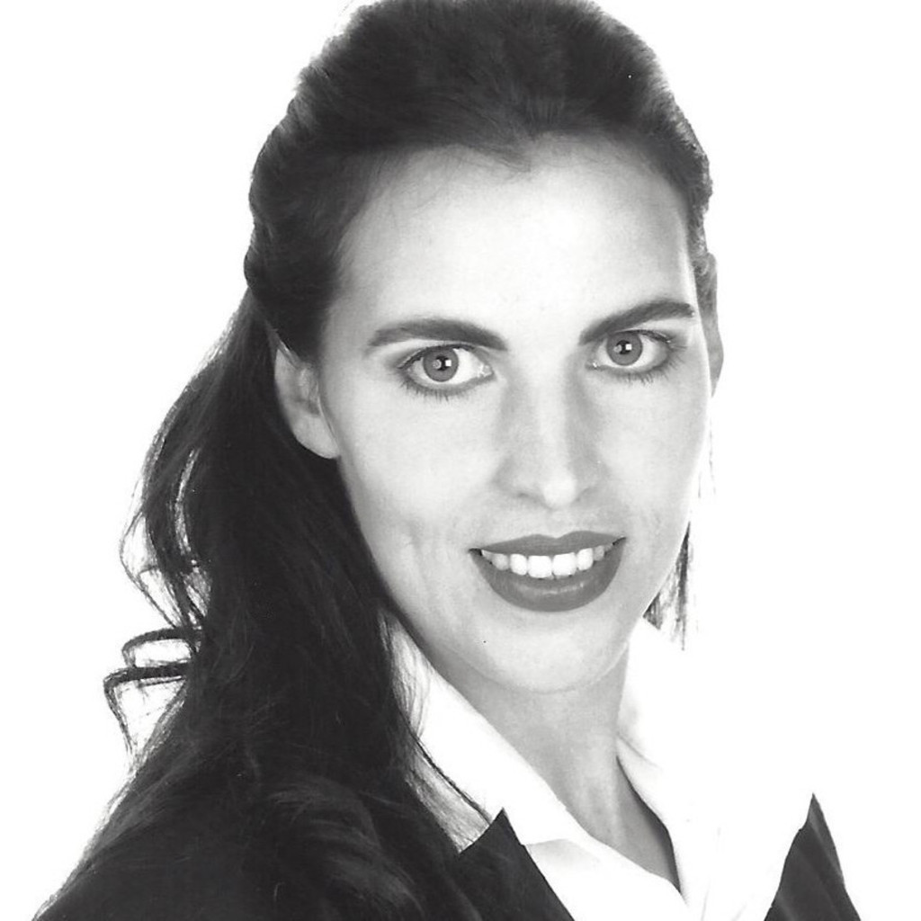 <b>Britta Jacobs</b>-Gramm - Marketing . Messen . Medien - Room 73 - Entwicklung ... - britta-jacobs-gramm-foto.1024x1024