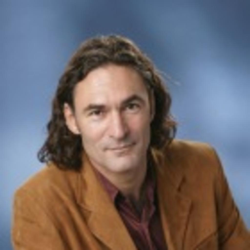 Michael <b>Rudolf Widmer</b> - Institutsleitung, Gründer und Inhaber - Michael ... - michael-rudolf-widmer-foto.1024x1024