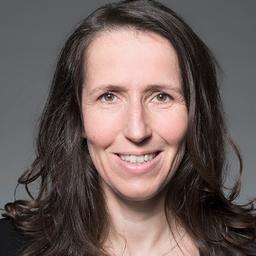 Dr. Julia Lorenzen