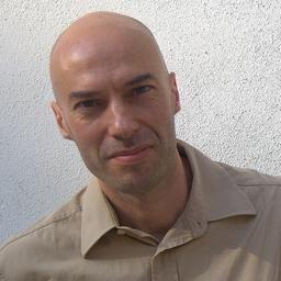 Alfredo Cramerotti - MOSTYN, Wales - Llandudno