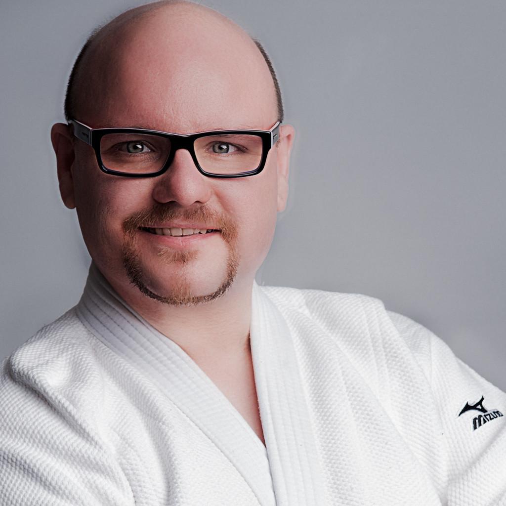 Thomas jansen judo trainer judoclub 71 d sseldorf e v for Ingenieur holztechnik