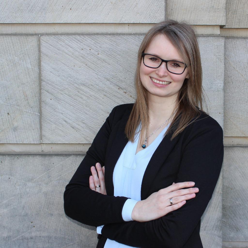 cornelia funke stellvertretende leiterin electronic banking volksbank bad oeynhausen herford eg xing - Cornelia Funke Lebenslauf