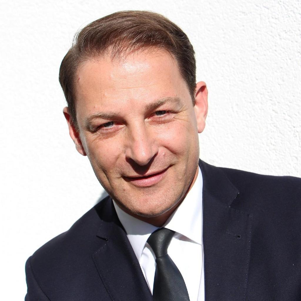 Jörg Eckert - Filialdirektor - Deutsche Bank PGK