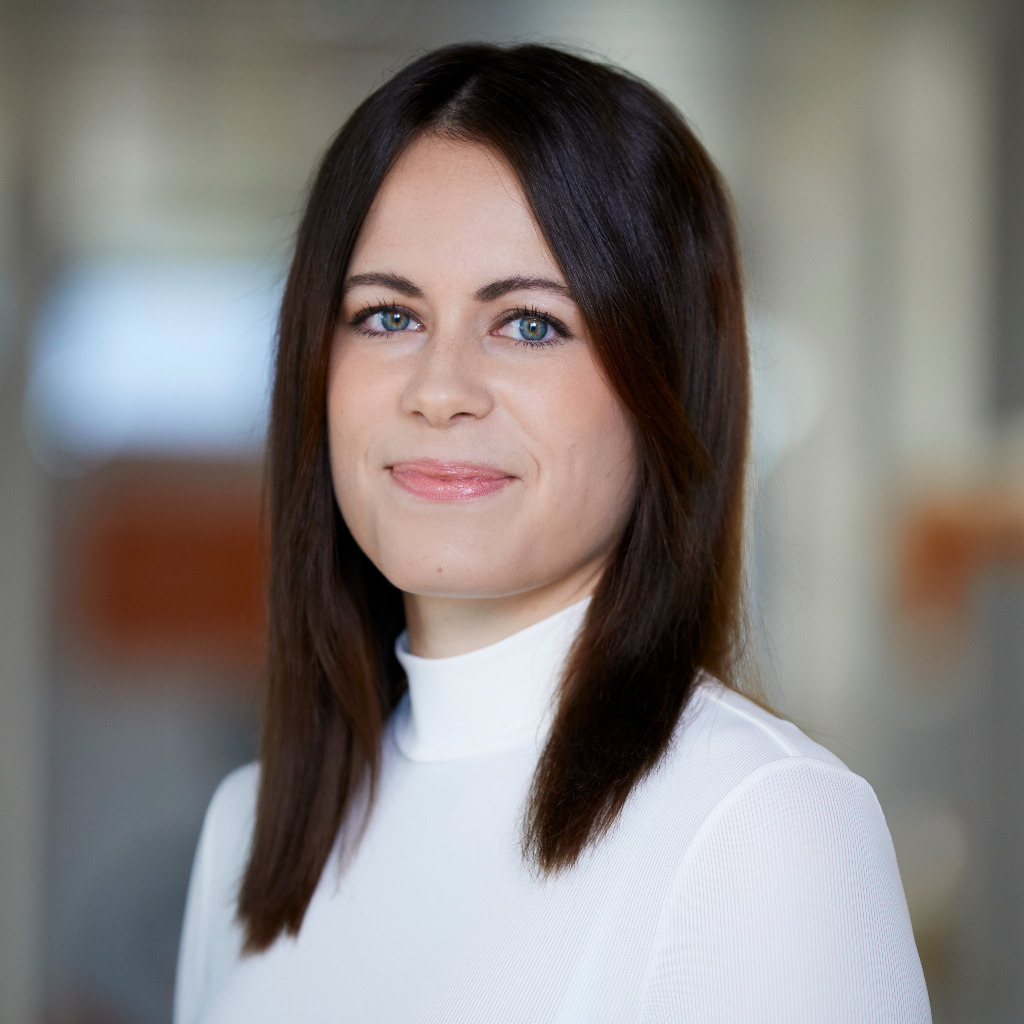 Julia Ulbrich Digital Project Manager Emarsys
