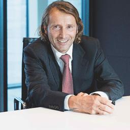 Dr Christian Abegglen - St. Galler Business School - St.Gallen