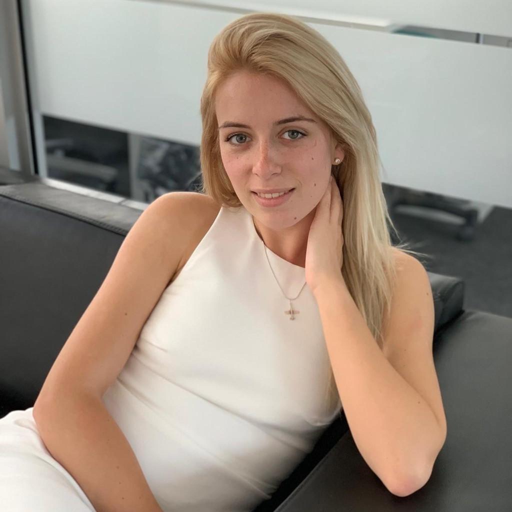 Christine Schuller's profile picture