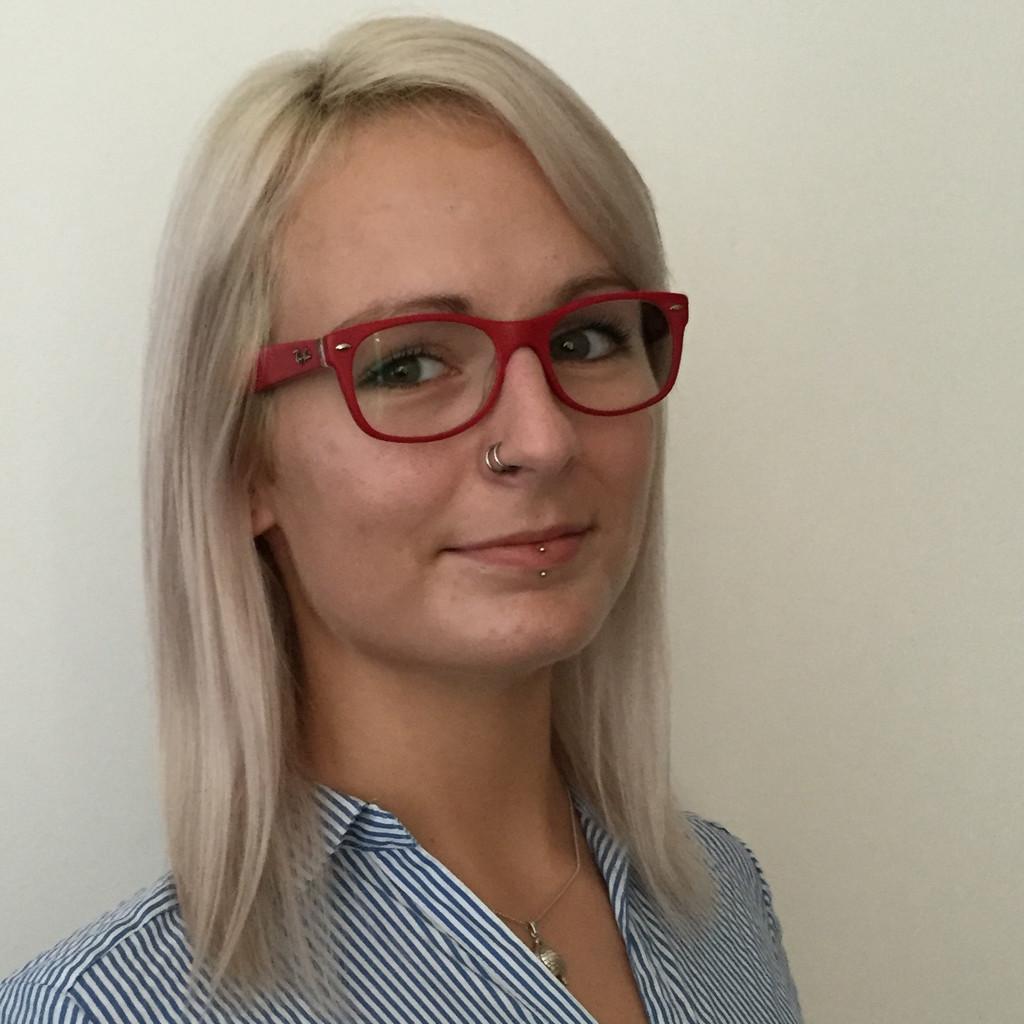 <b>Daniela Stern</b> - Local Marketing Support Manager - IKEA Austria GmbH | XING - lisa-weilenmann-foto.1024x1024